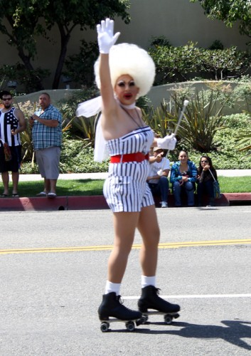 drag-queen-on-skates